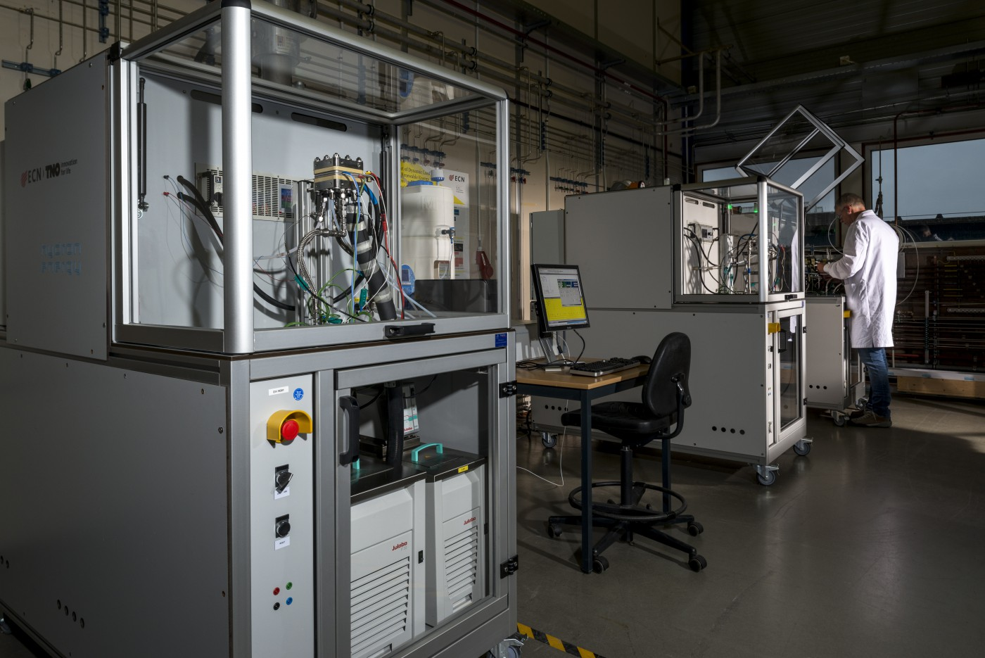 New facilities for hydrogen research: The Faraday Lab