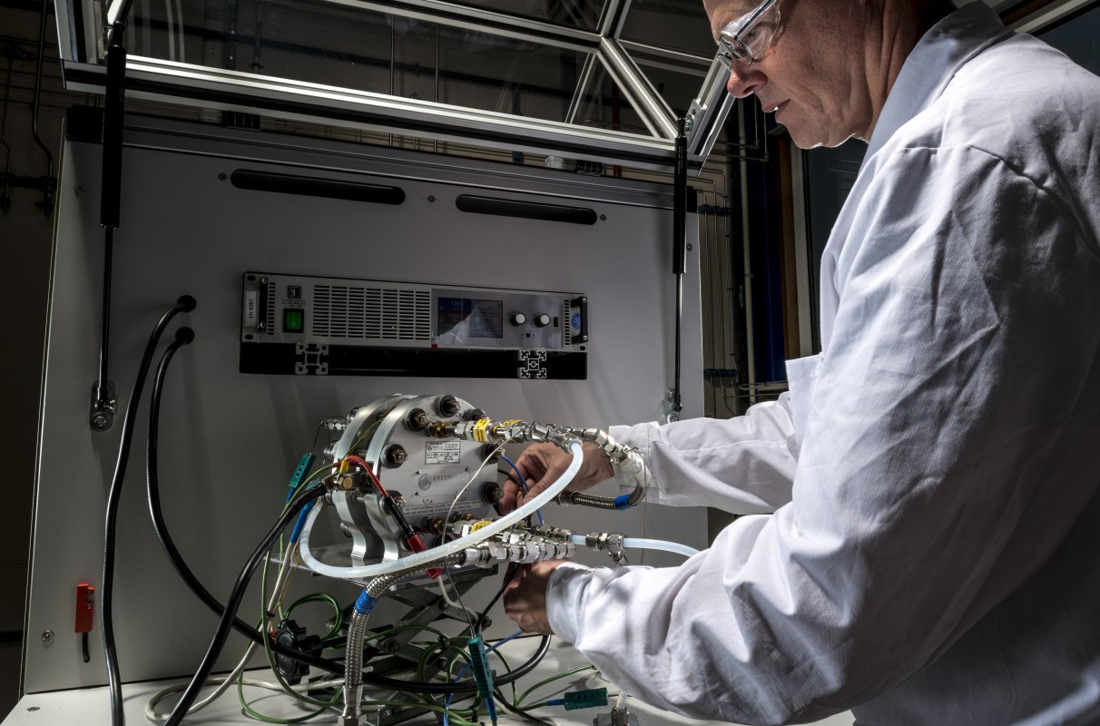 ReFuel: Establishing the potential of hydrogen production for waste incineration plants